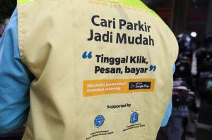 Sistem Parkir Non-Tunai lewat Aplikasi JakParkir Mulai Diuji Coba