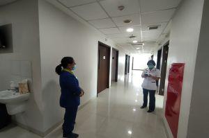 Pasien COVID-19 Membeludak, Pemkot Surabaya Sulap Area Mall Jadi Rumah Sakit