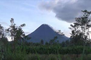 Selama 6 Jam Gunung Merapi Luncurkan Lava Pijar 28 Kali