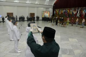 Lantik 5 Kepala Daerah Pemenang Pilkada 2020, Ini Pesan Ridwan Kamil