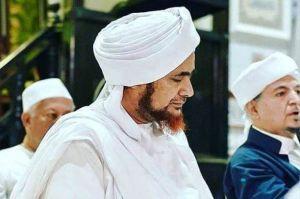 Habib Umar Bin Hafizh: 10 Akhlak kepada Allah Taala