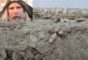 Kuburan Busuk Abu Lahab: Begini Bengisnya Keluarga Si Gendut Ini kepada Nabi SAW