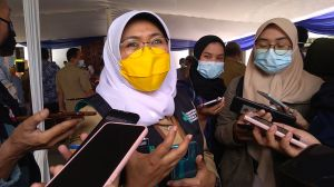 Ratusan Warga Bandung Alami Efek Samping Setelah Divaksin, Kenapa?