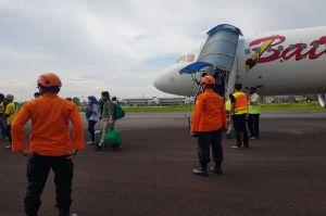 Mendarat Darurat di Sultan Thaha, Batik Air Berhasil Dievakuasi di Bawah Guyuran Gerimis