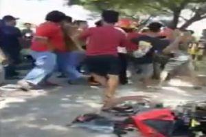 Puluhan Anggota 2 Perguruan Silat Bentrok di Jalanan, Belasan Pemuda Terluka Dua Motor Rusak