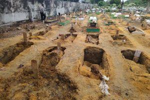Pekanbaru Gempar! Puluhan Makam Ambles Setelah Hujan Deras Mengguyur