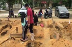 Setelah 15 Makam di TPU Beringin Ambles, 30 Makam di TPU Payung Sekaki Pekanbaru Juga Ambles