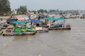 Ratusan TI Selam Ilegal Parkir di Laut Toboali, Kapolda Babel Siap Tindak Tegas