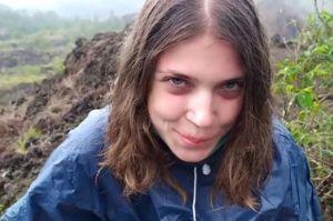 Bali Gempar, Bule Cantik Rusia Ini Produksi Konten Porno di Gunung Batur