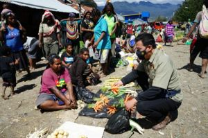 Pasca Kontak Tembak Pasukan TNI/Polri dengan KKB, Warga Ilaga yang Ngungsi Sudah Kembali