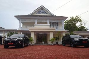 Merlan Uloli Resmi Tempati Rumah Dinas Yiladia Wakil Bupati