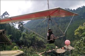 Wisata di Lembang Tutup Imbas Zona Merah, Potensi Uang Rp30 Miliar Hilang