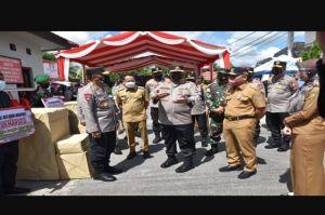 Wali Kota Dampingi Wakapolri Tinjau Posko PPKM Mikro