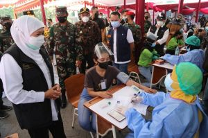 Wujudkan Herd Immunity, Pemprov Jawa Timur Optimalkan Vaksinasi untuk Pekerja