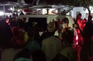 Warga Silo Jember Rusak Ambulans saat Rebut Paksa Jenazah Diduga COVID-19