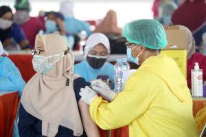 Stok Vaksin COVID-19 di Surabaya Habis, Dinkes Nunggu Kiriman dari Pusat
