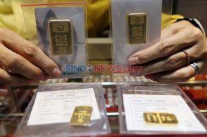 Akhir Pekan Harga Emas Nyungsep Rp12.000 per Gram