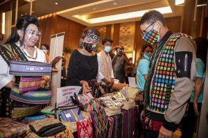 Festival Kreatif Lokal Kemenparekraf Dukung Pelaku UKM di Mandalika