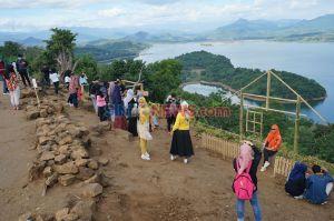 Covid-19 Tak Surutkan Minat Berwisata di Bukit Bollangi Kabupaten Gowa
