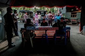 Puluhan Warga Terjaring Razia Masker di Alun-alun Rangkasbitung