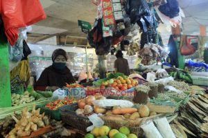 Mengunjungi Pasar Maricaya Makassar