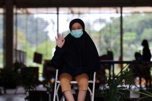 Ketegaran Aisyah Alissa, Gadis Mualaf yang Ibunya Meninggal Akibat Covid-19 Kini Hidup Sebatang Kara