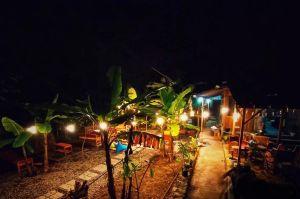 Nongkrong di Kesunyian Warung Plosok & Kopi Djoni Klaten