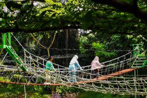 Menikmati Libur Akhir Pekan di Kampung Main Cipulir