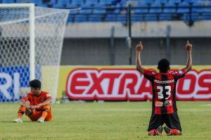 Liga 1 Indonesia : Persipura Menang Atas Persiraja 2-1