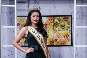 Potret Cantik Miss Indonesia 2020 Carla Yules yang Goes To Miss World 2021