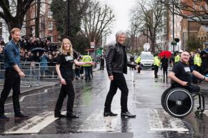 Garap Single Unbroken, Pangeran Harry Libatkan Bon Jovi