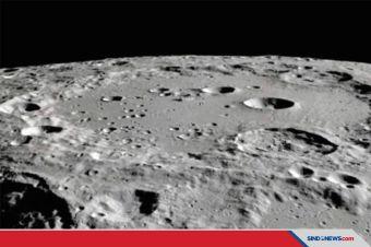 Air di Permukaan Bulan yang Diterangi Matahari Ditemukan NASA