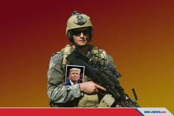 Obama: Trump Mungkin Diseret Navy SEAL Keluar Gedung Putih