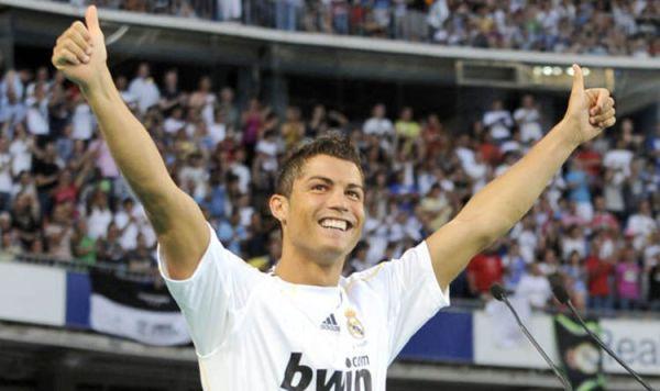 Pekan Bersejarah: Ronaldo dan Beckham Jalani Debut untuk Madrid