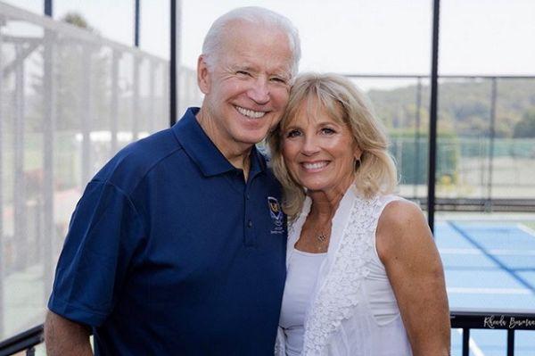 """13 Fakta Jill Biden, Mulai """"Blind Date"""" Hingga Tolak Lamaran Joe Biden"""