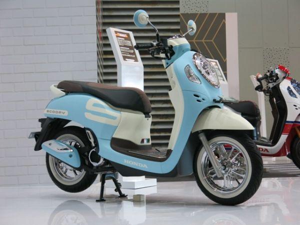 Mau Bikin Honda Scoopy Jadi Makin Keren Ini Contoh Modifnya