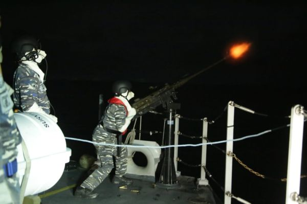 TNI AL Kerahkan 9 Kapal Perang dan Pesawat Udara ke Laut Natuna Selatan