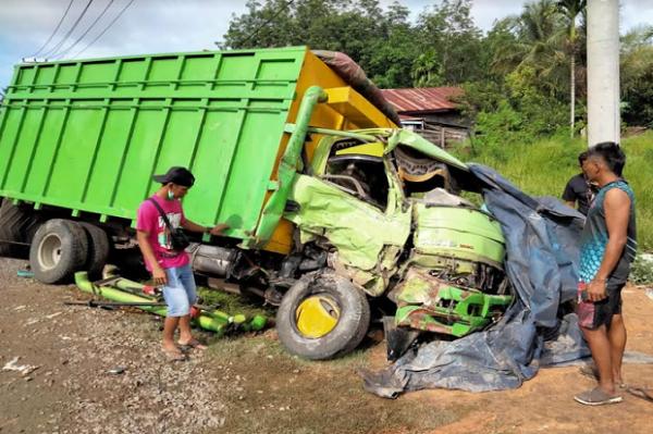 Kecelakaan Beruntun, Satu Pengemudi Tewas di Lokasi Kejadian