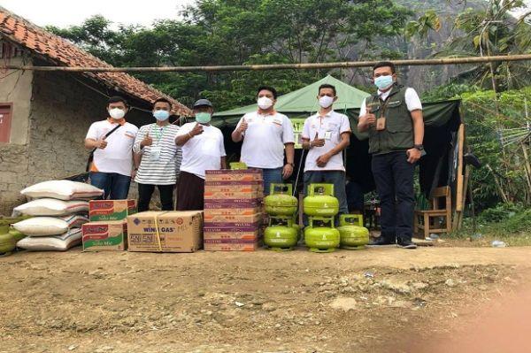 Hadir untuk Korban Bencana, Pos Indonesia Kembali Salurkan Bantuan di Purwakarta