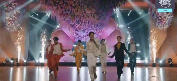 6 Hal yang Dilakukan BTS dan ARMY Setelah Gagal Raih Piala Grammy