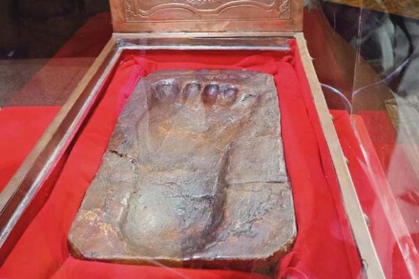 Ini Dia 35 Artefak Peninggalan Nabi Muhammad dan Para Sahabat