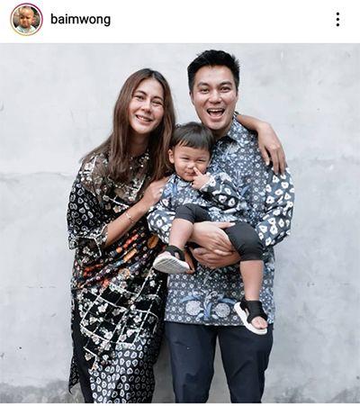 Raffi Ahmad hingga Baim Wong, Keluarga Artis Ini Kompak Ber-OOTD Lebaran dengan Baju Seragam