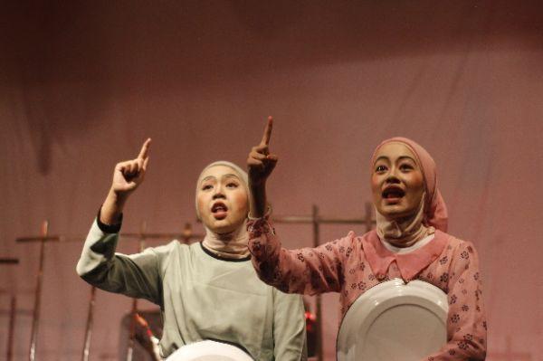 Apresiasi Sastra, PBSI UIN Jakarta Gelar Ziarah dan Persembahan untuk WS Rendra