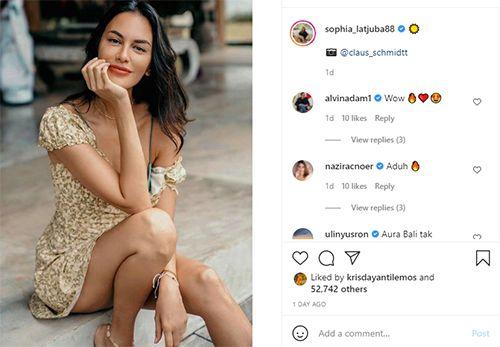 Sophia Latjuba Pose Pakai Mini Dress, Netizen Auto Minder