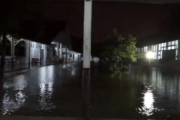 Ruang Isolasi Pasien Covid 19 Rsud Zainoel Abidin Banda Aceh Terendam Banjir