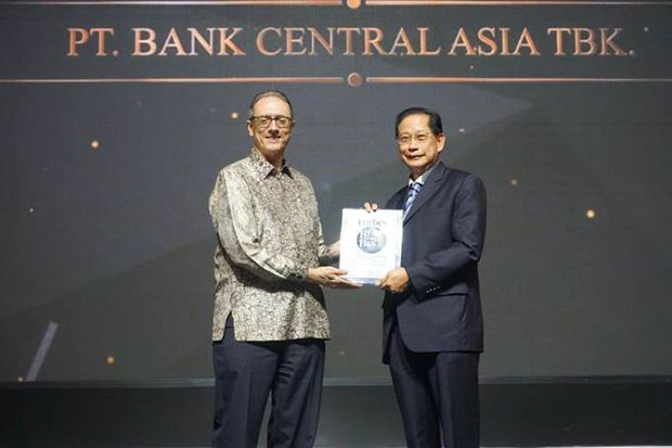 BCA Kembali Raih Penghargaan Best of The Best Awards