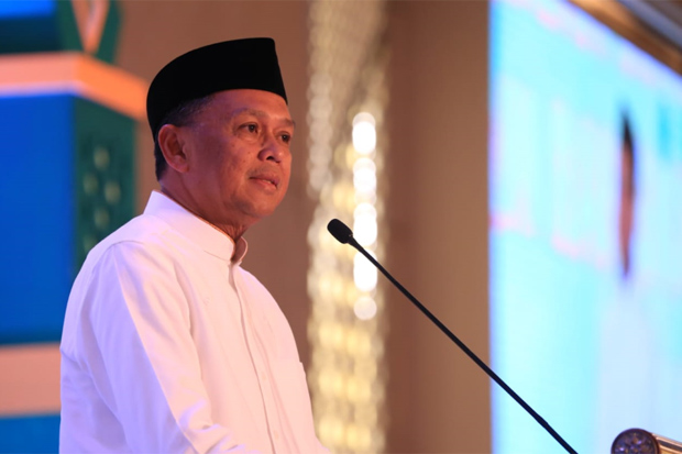 Safari Ramadhan, Gubernur Serukan Tolak People Power