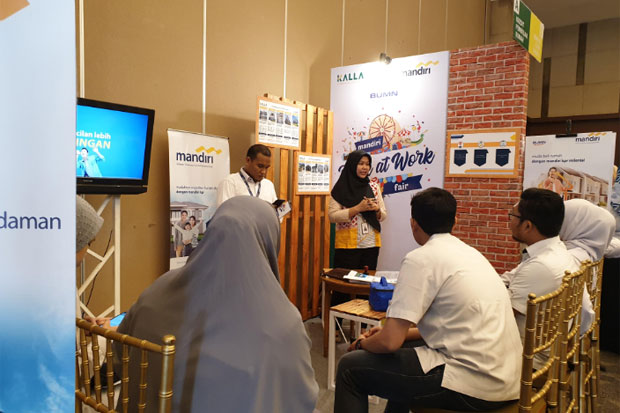 Edukasi Karyawan Kalla Group, Mandiri Gelar Bank at Work