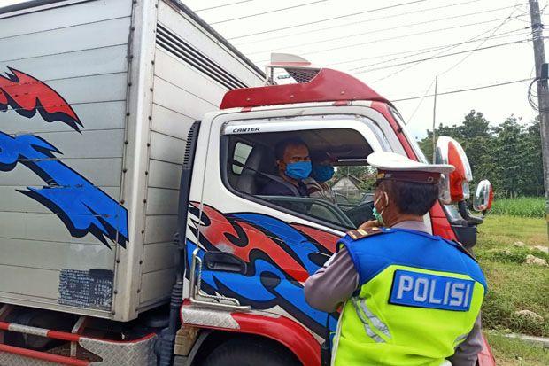 Cegah Pemudik, 9 Pos Pam Disiagakan di Perbatasan Jateng-Jatim
