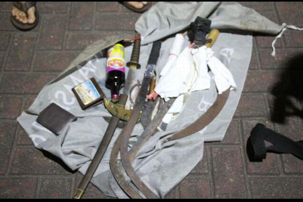 Jual Senjata Tajam via Online, Remaja Bekasi Ditangkap